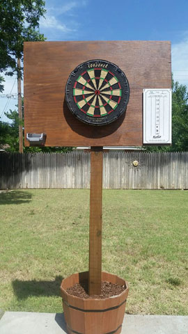 Outdoor dartboard surround