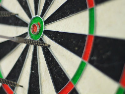 What makes the best bristle dartboard?